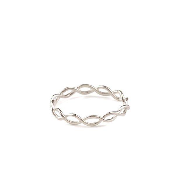 Pernille Corydon Entangled Ring Silver